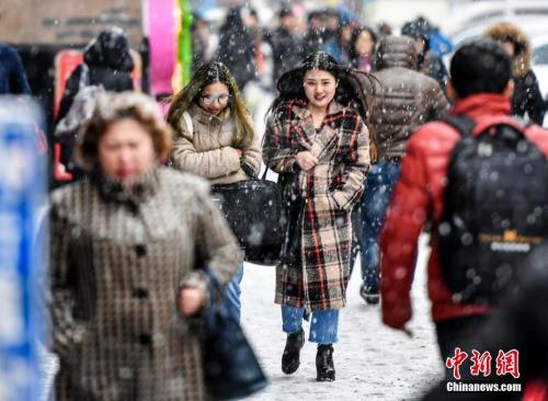冷氛围侵袭中国北方 北京局地今晨将呈现大雪
