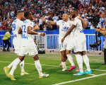 法甲综述-里昂6球狂胜德佩2球 梅斯3-0横扫摩纳哥