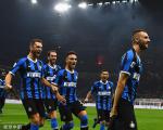 意甲-国米2-0胜AC米兰 卢卡库4场3球铁腰破门