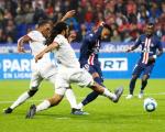 法甲-大巴黎1-0里昂获5连胜 内马尔87分钟绝杀