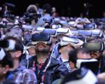 VR遇冷齐降价 部分门店月销量从9万台降至1万台