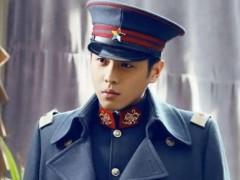 男星穿军装,孙红雷傻,吴京令人感动,只有他真正像是个军人!