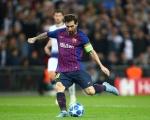 欧足联宣布梅西对利物浦任意球当选年度最佳 击败C罗佩德罗