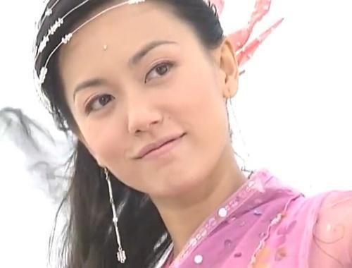 《倚天》中她美过高圆圆贾静雯 现嫁给50岁老外富商