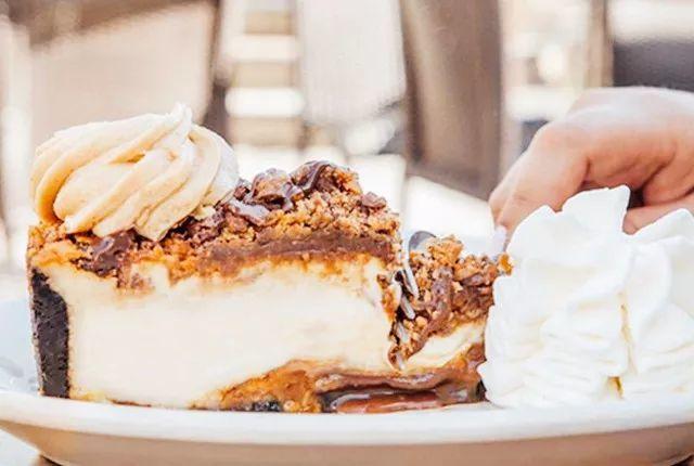 暖心又治愈 你的男朋友还不如这些巧克力蛋糕!