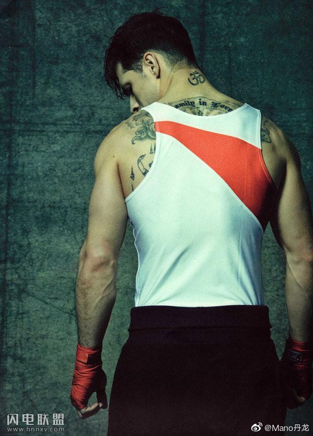欧美肌肉运动员帅哥图片第4张