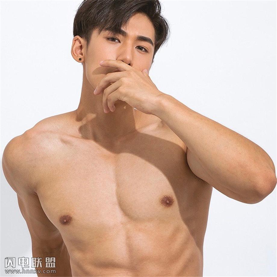 高颜值肌肉帅哥图片