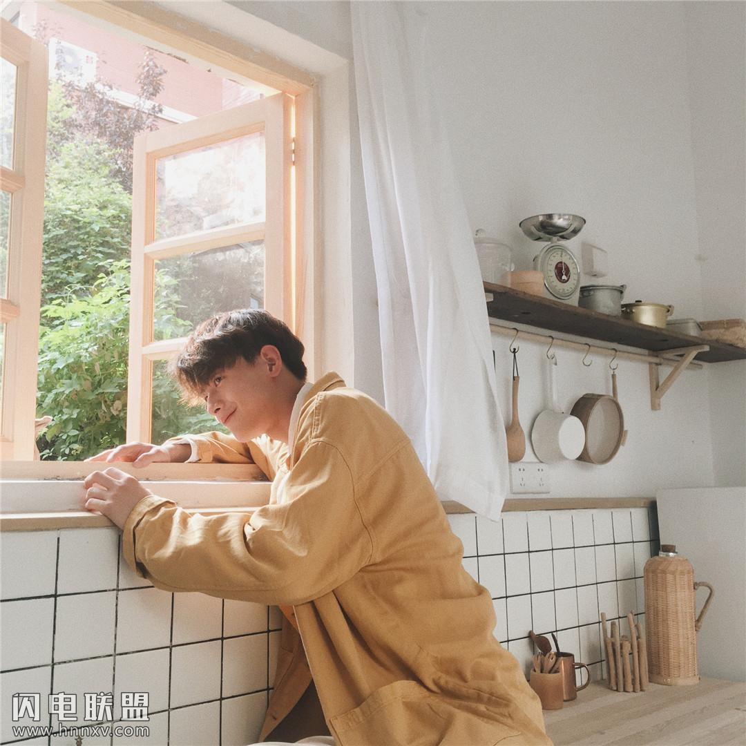 极品男神小鲜肉帅哥陈鹤一室内高清写真照片