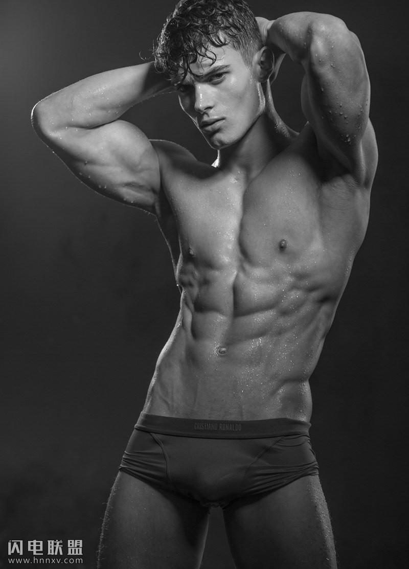 性感欧美肌肉帅哥小鲜肉写真图片