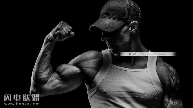 超清肌肉男手机壁纸