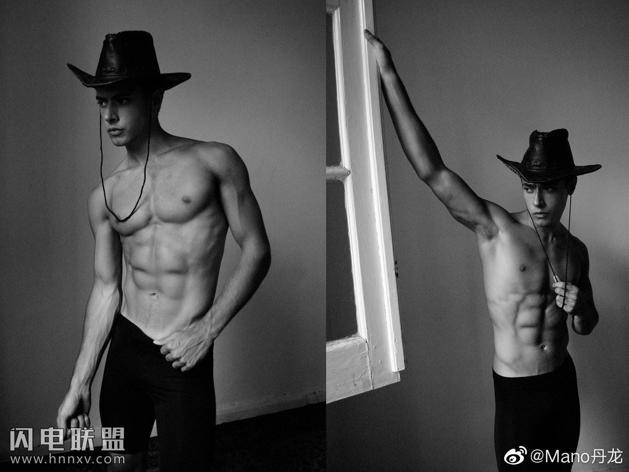 欧美小鲜肉男模高清黑白摄影照片第4张