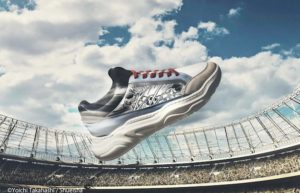 《足球小将》推出主题运动鞋 经典画面再来超感动