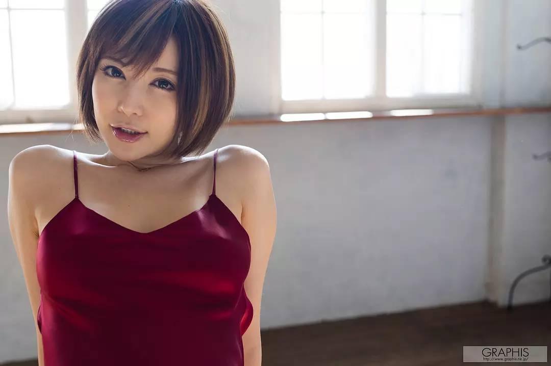 JUY-926:美少妇里美尤利娅(小泉彩)2019年8月最新作品番号