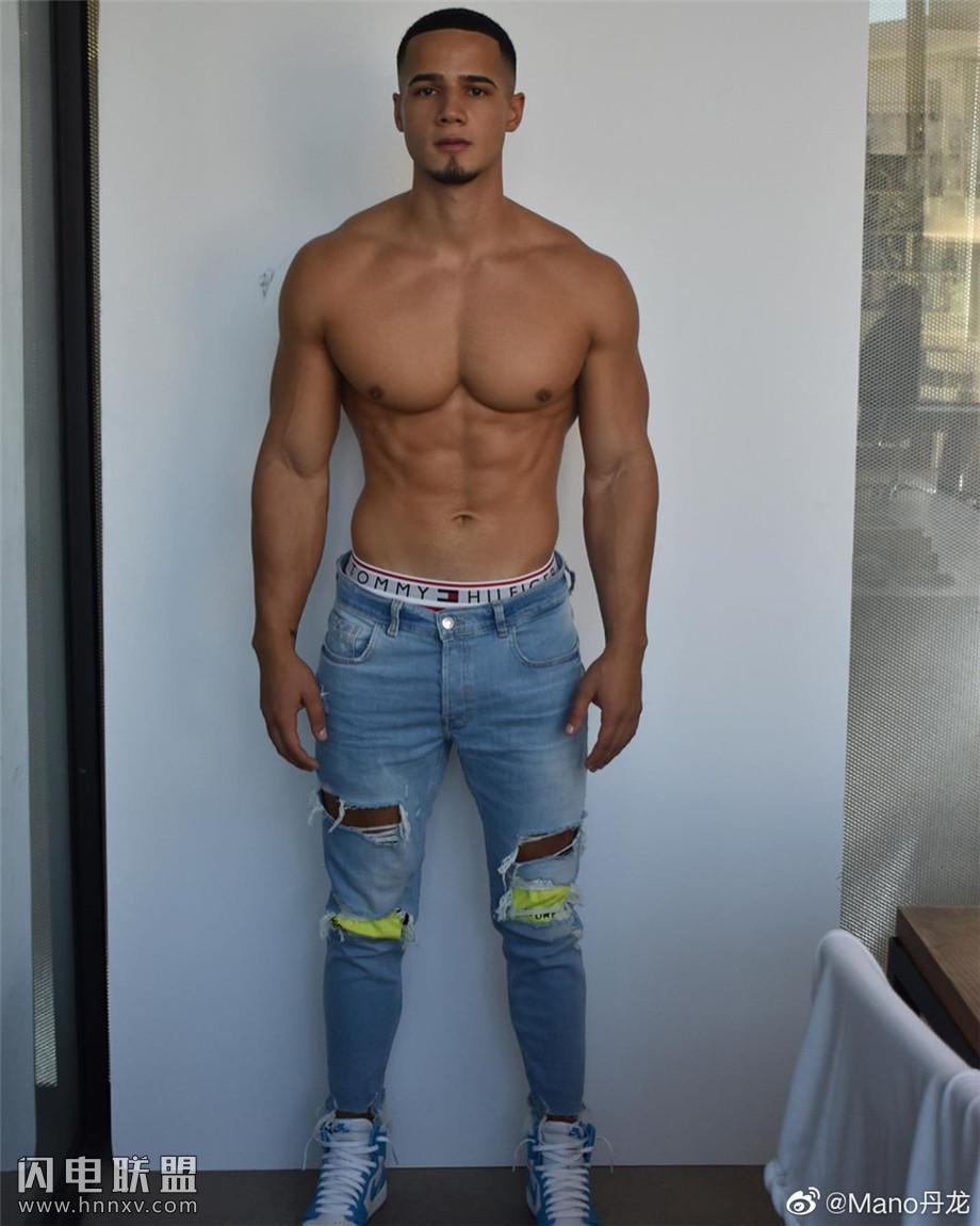 性感巴西肌肉男模图片第5张