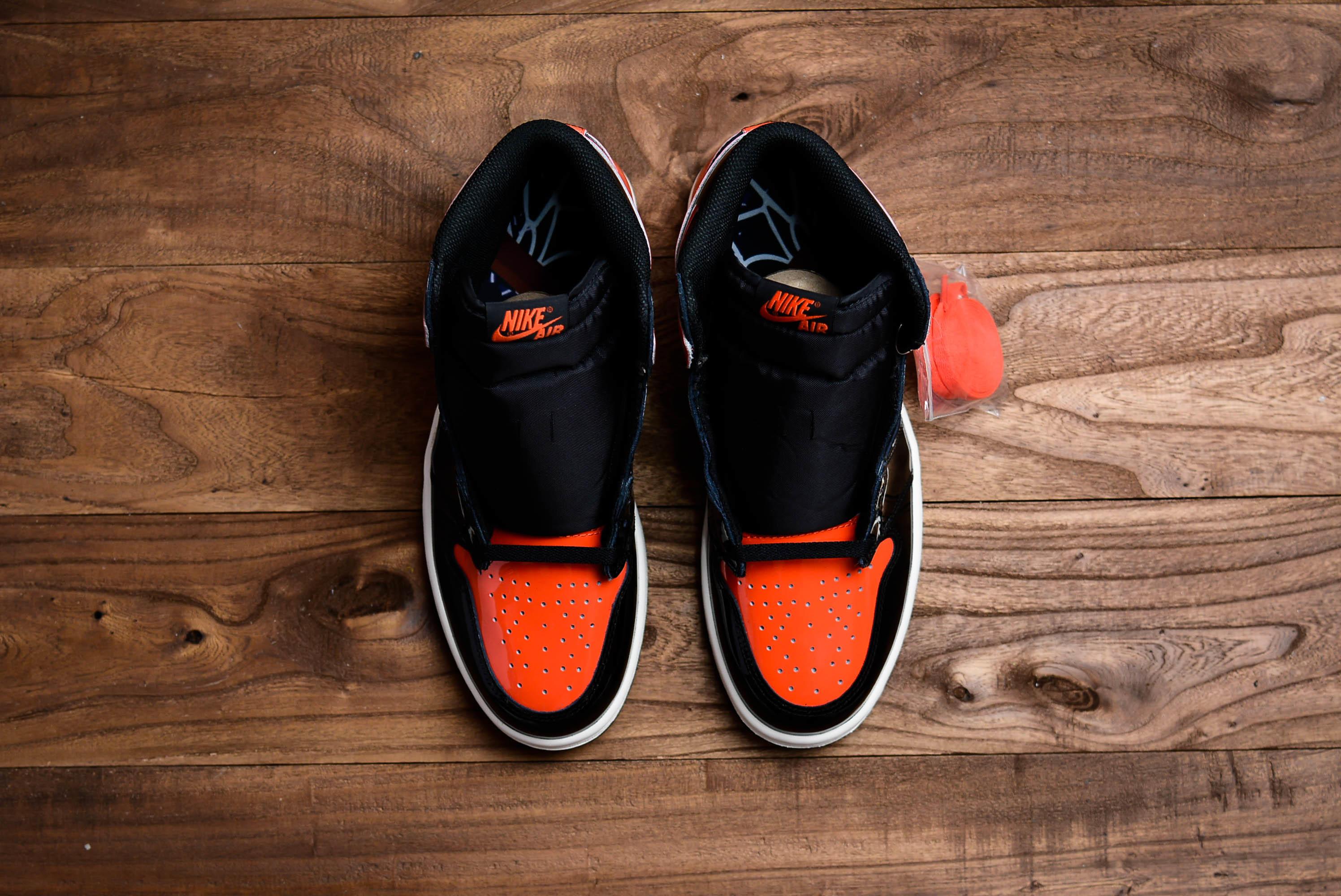 东莞原厂/纯原Air Jordan 1 RETRO HIGH OG漆皮 黑橘扣碎3.0货号:555088-028
