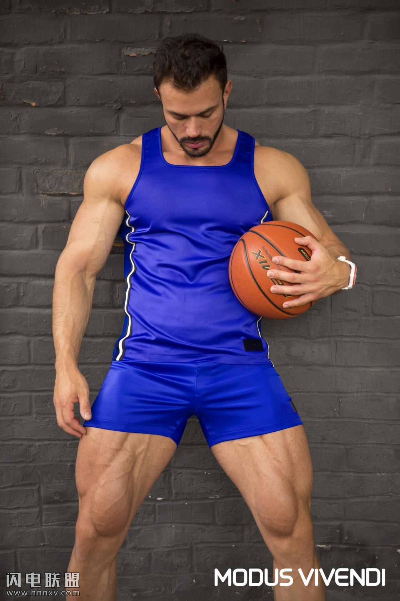 欧美肌肉型男帅哥写真