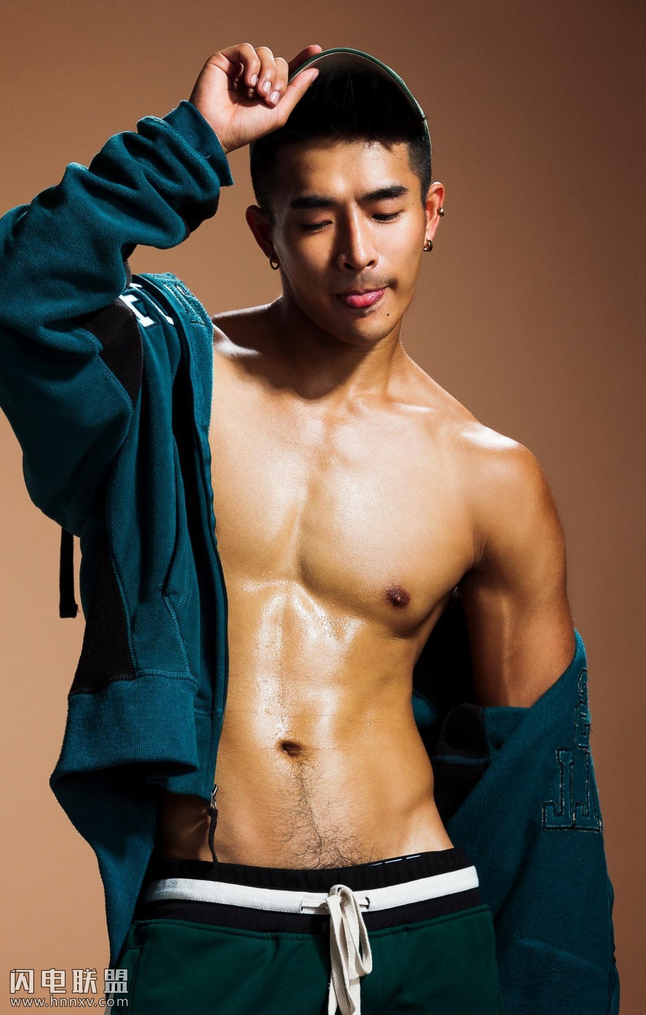 性感肌肉男模写真