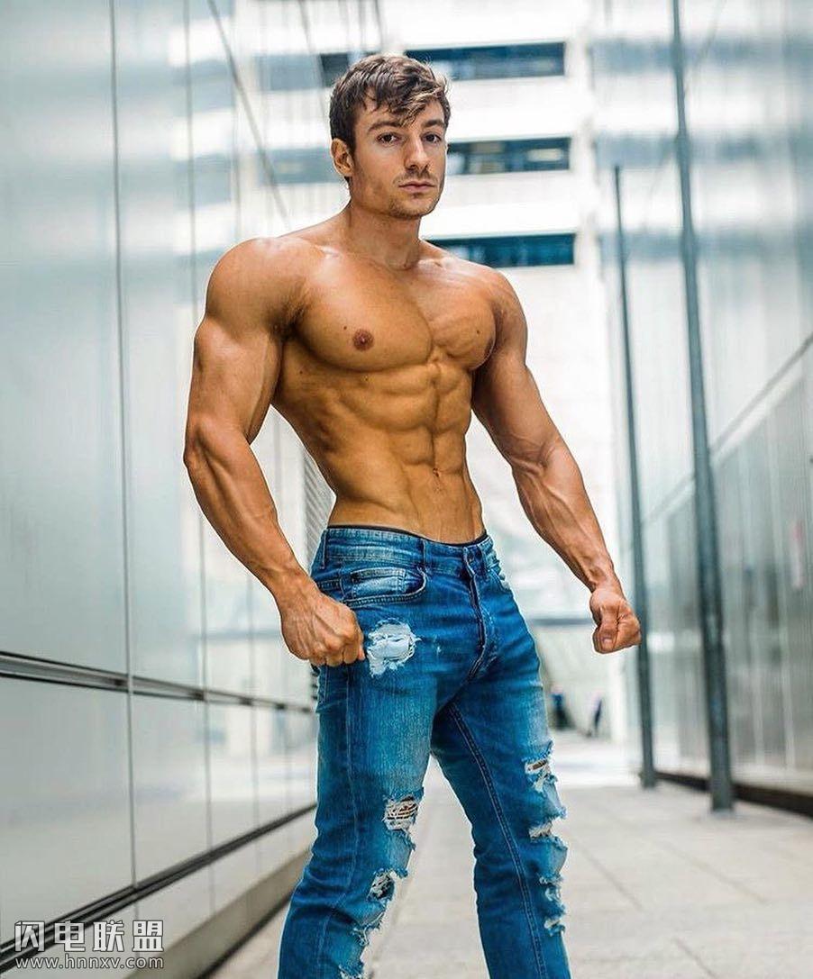 欧美性感肌肉型男照片第3张