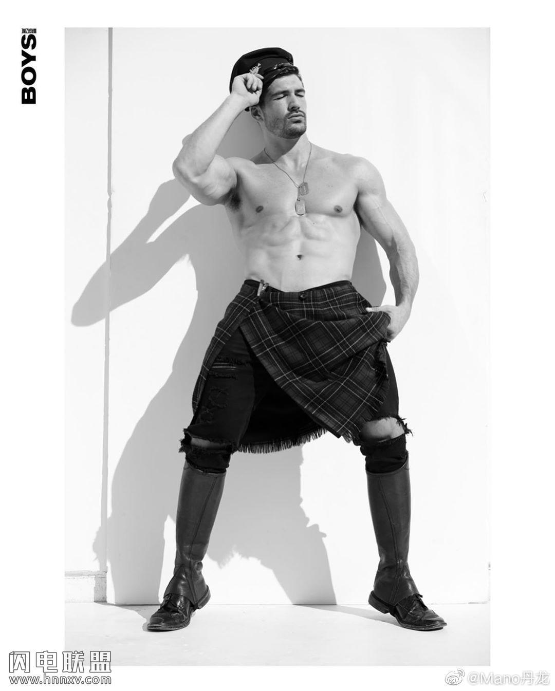 气质欧美肌肉型男照片