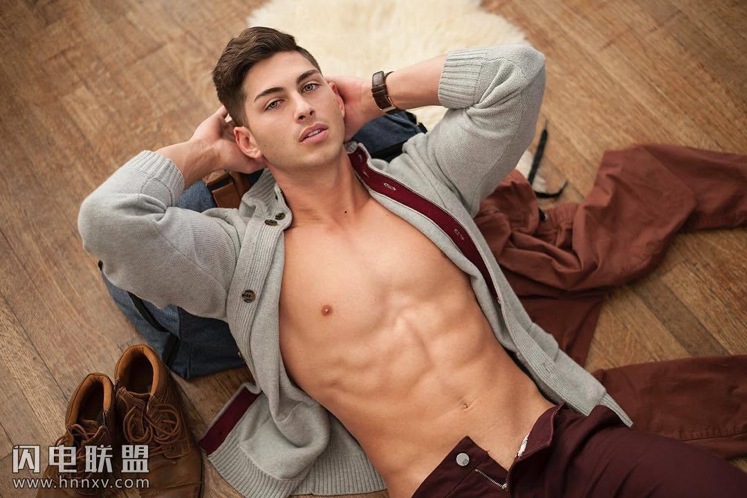 高颜值欧美肌肉男模帅哥私房写真照片