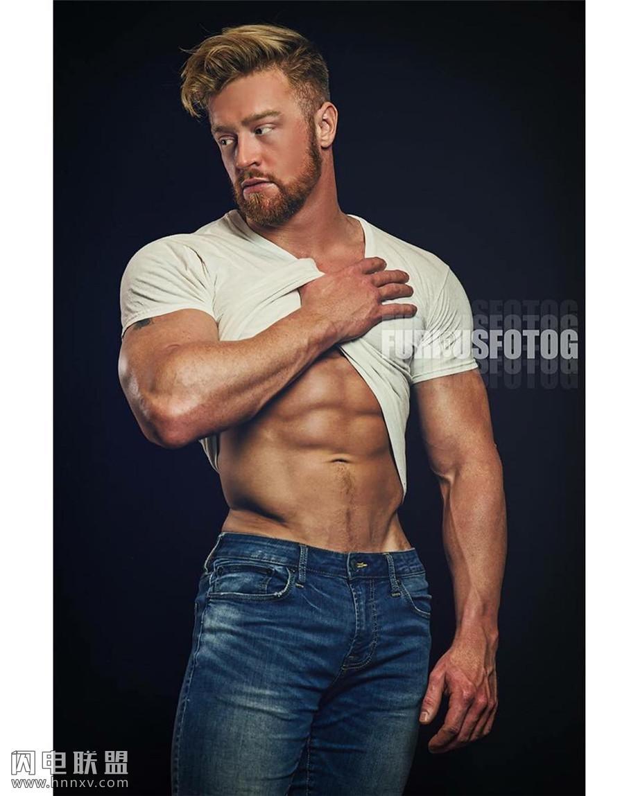 性感欧美肌肉型男照片