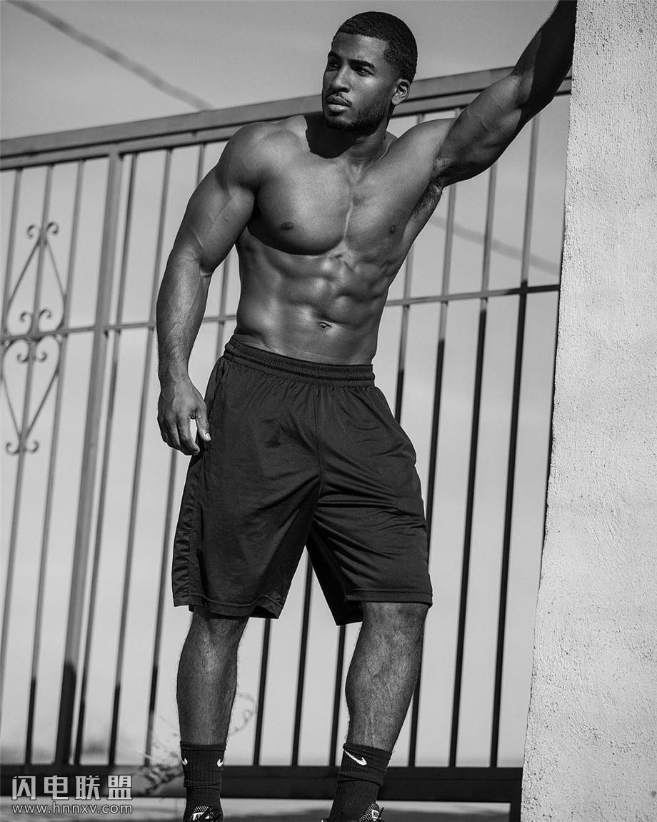 欧美黑人肌肉帅哥图片第7张