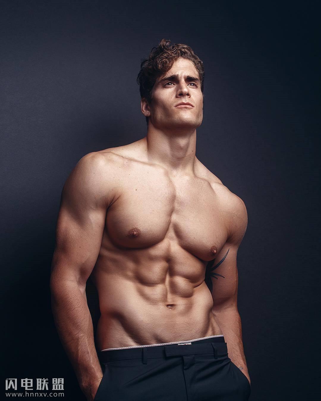 帅气美国肌肉帅哥写真
