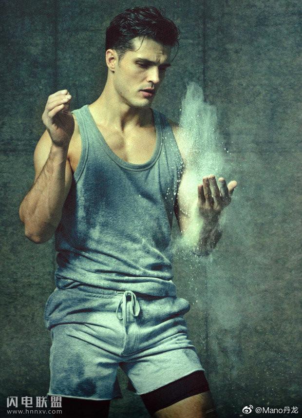 欧美肌肉运动员帅哥图片第1张