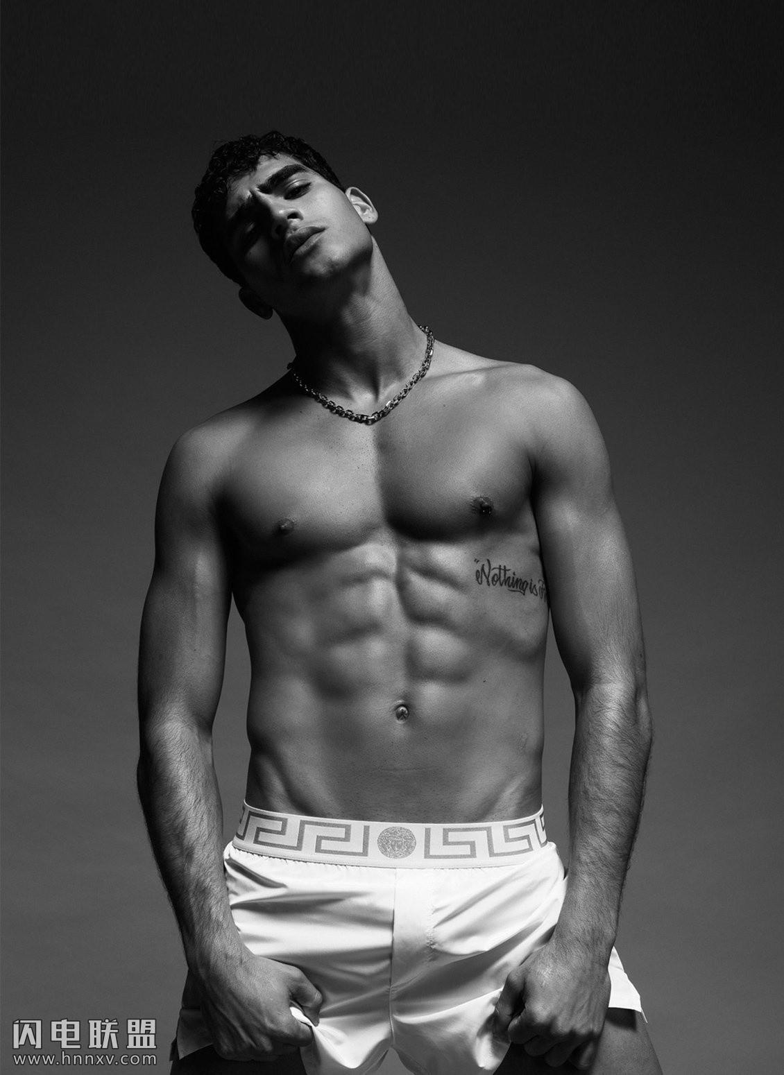 高颜值性感欧美肌肉男模写真