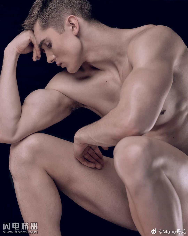 极品欧美肌肉帅哥男体艺术图片