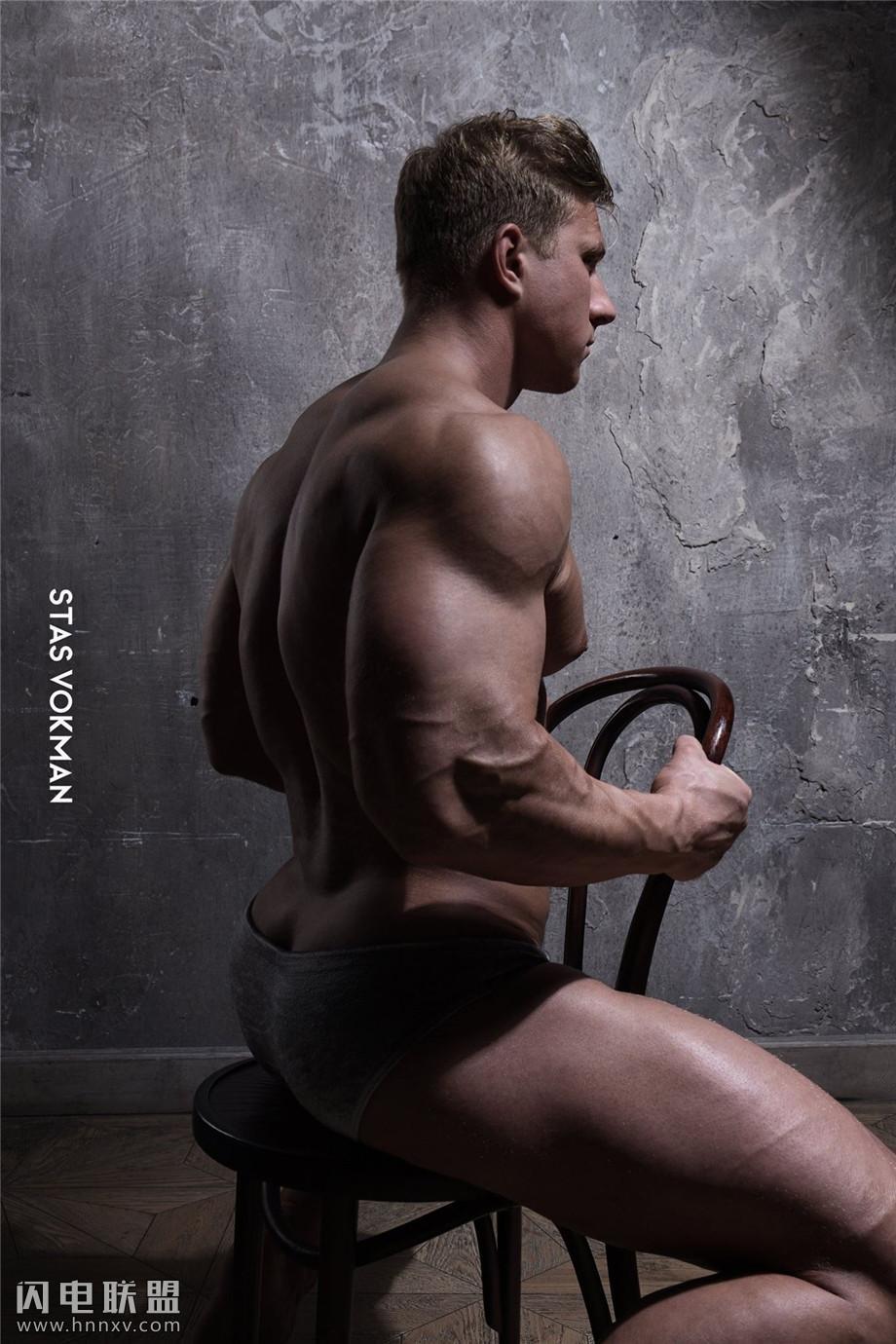 90后欧美肌肉帅哥图片