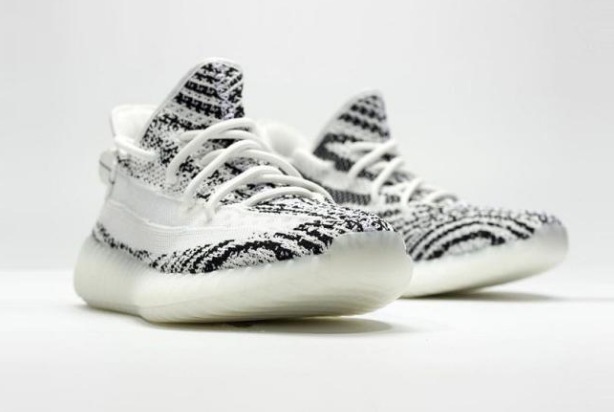 YEEZY BOOST 350 V2「Zebra」2.0新版本发售预告