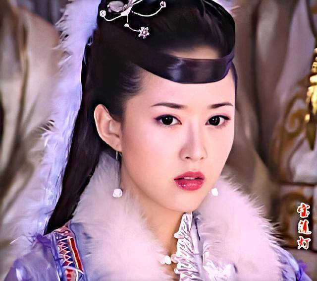 """力压陈红,她才是最美的""""嫦娥""""!41岁颜值却如同返"""