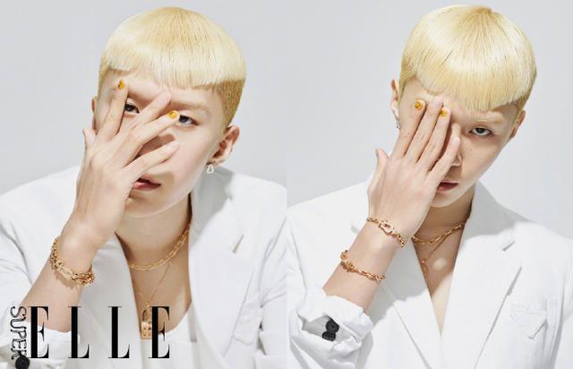 范丞丞登杂志封面,全新造型变身日本男模,你给他的颜值打几分?